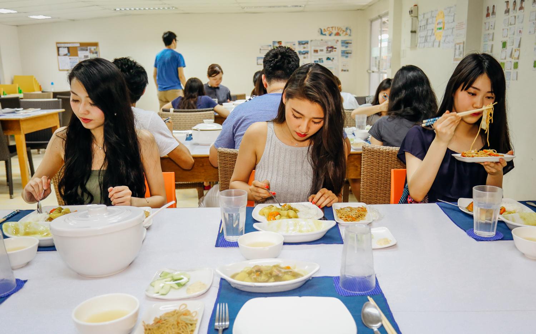 留学生活に欠かせない日本食を提供